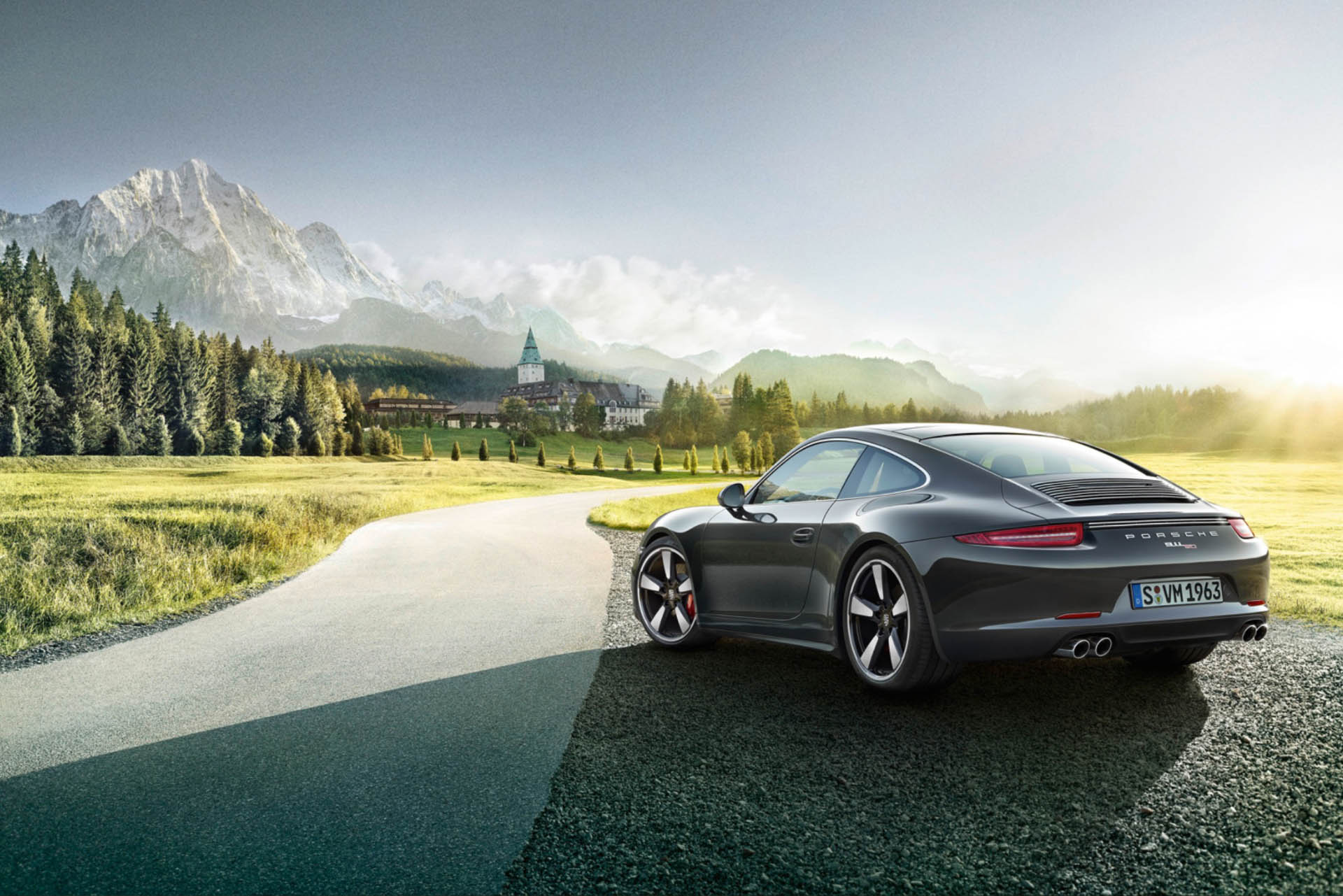 Porsche 911 50 Catalogue / Shot by Willie von Recklinghausen in the Alps